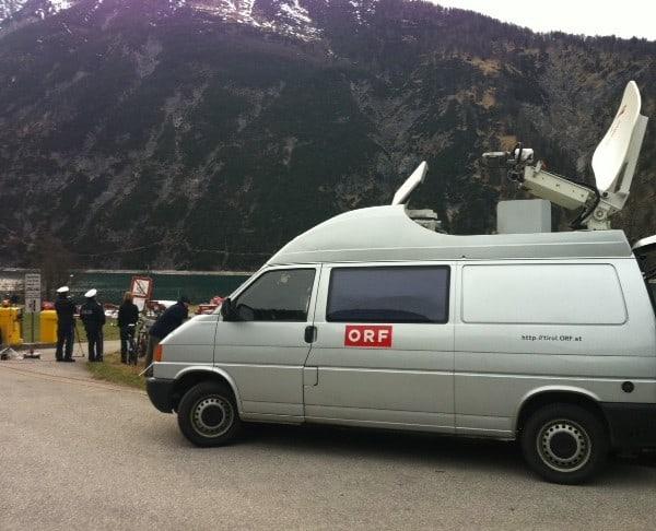 Foto10 600x486 - ORF live-einstieg vom Unglücksort