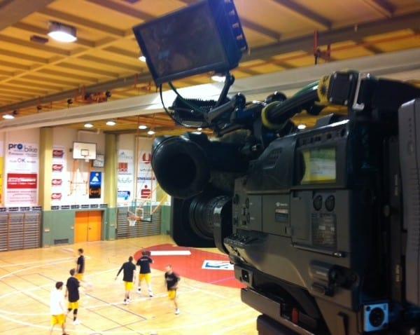 Foto2 600x478 - Servus Tv: Live Eishockey Liga