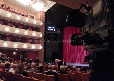 20131019 185843 400x284 - Oper Uraufführung