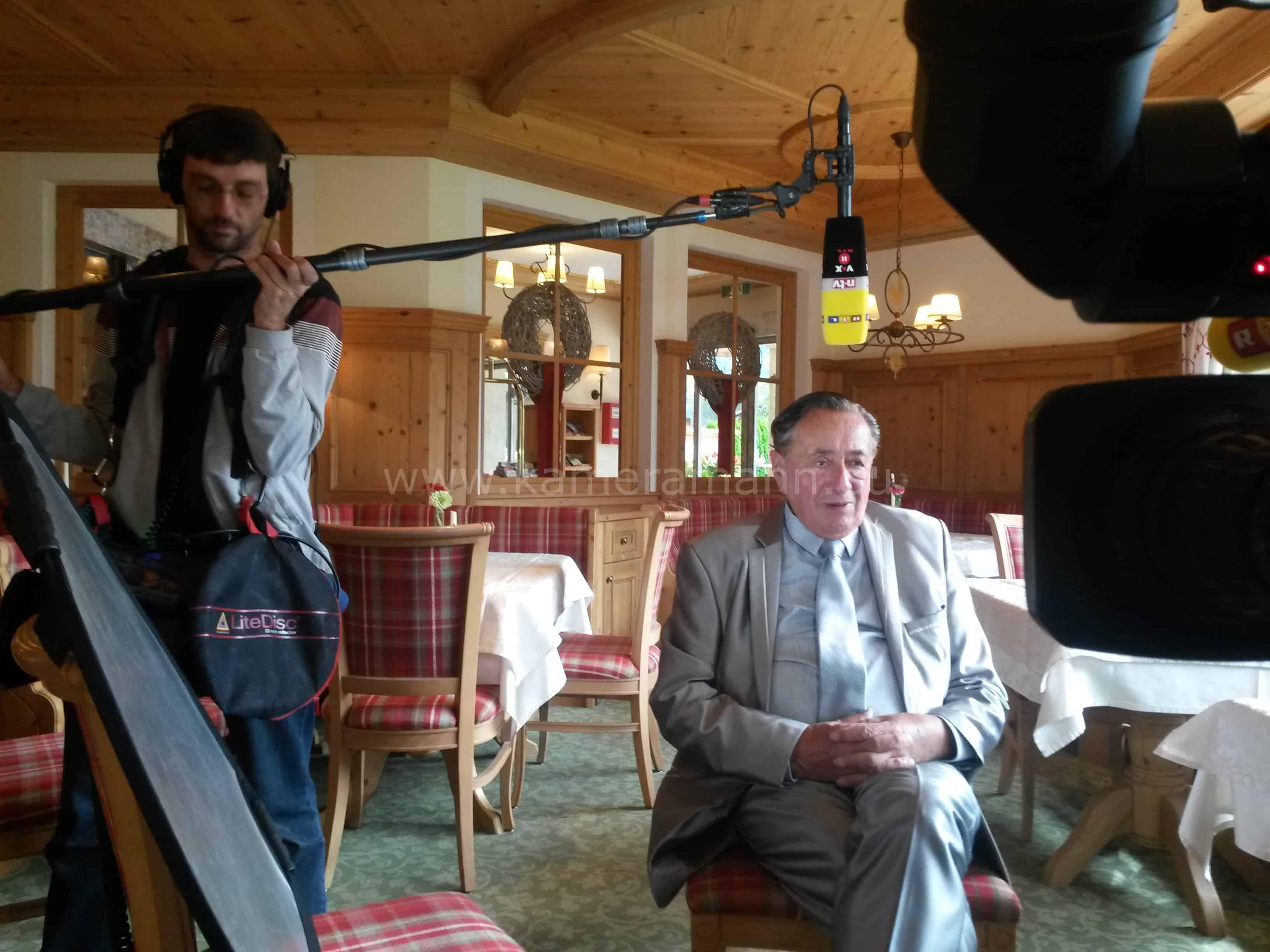 wpid 20150919 104355 - RTL -  Dreharbeiten mit Cathy und Richard Lugner