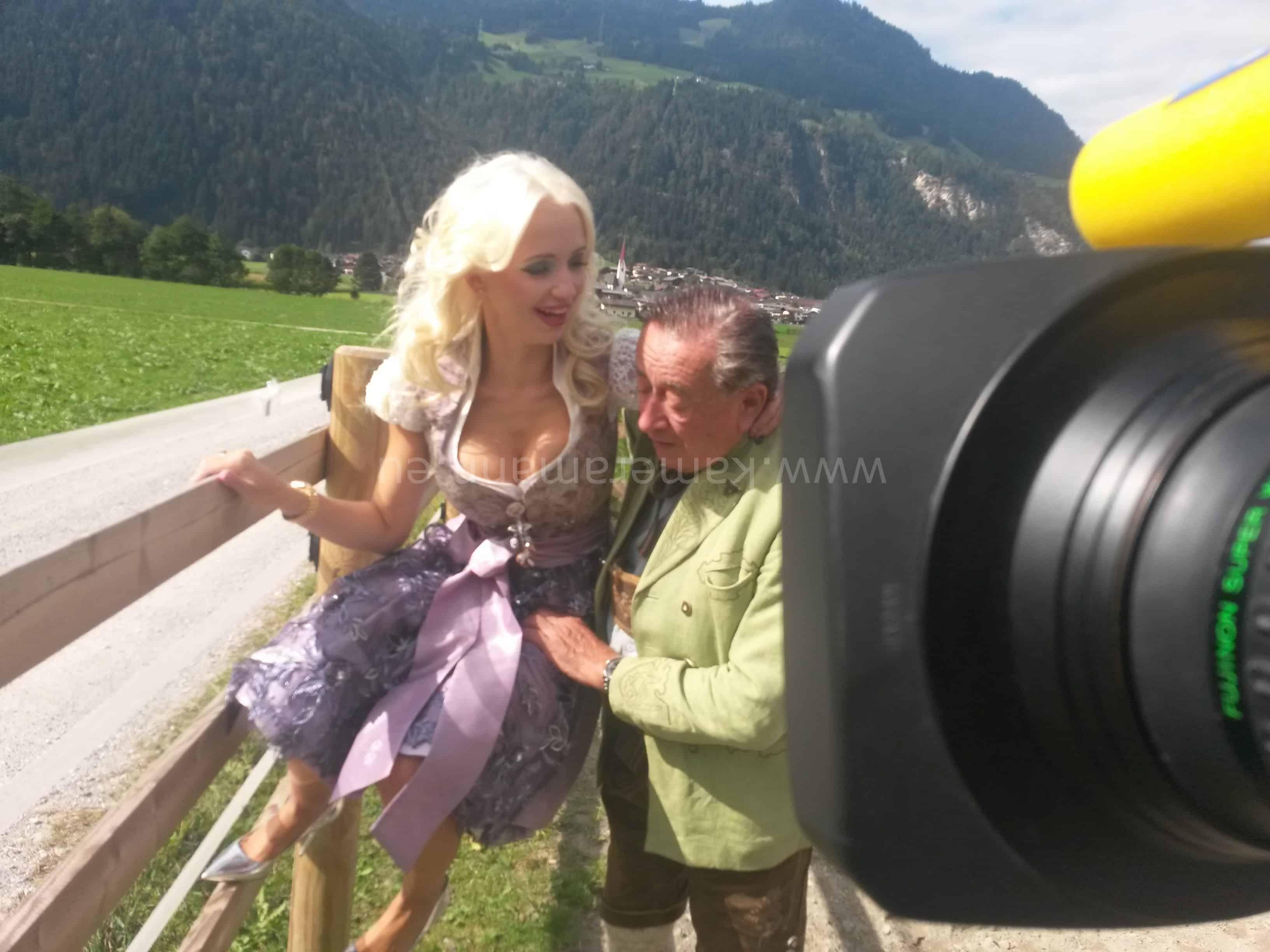 wpid 20150919 120001 e1442781548102 - RTL -  Dreharbeiten mit Cathy und Richard Lugner