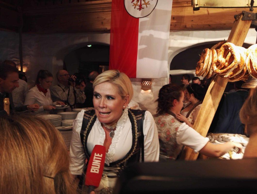 hahnenkamm party 2016 12 1060x800 - Hahnenkamm 2016