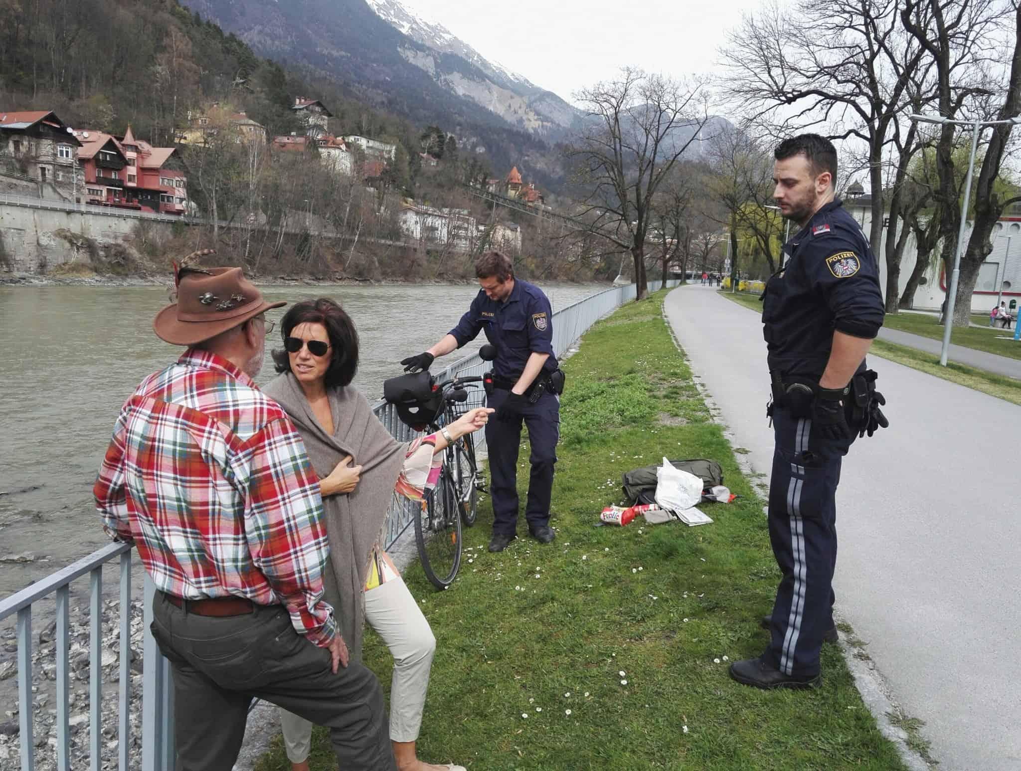polzeieinsatz - Polizeieinsatz vor laufender Kamera