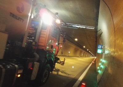 tunnelreinigung 3 400x284 - Tunnelreinigung