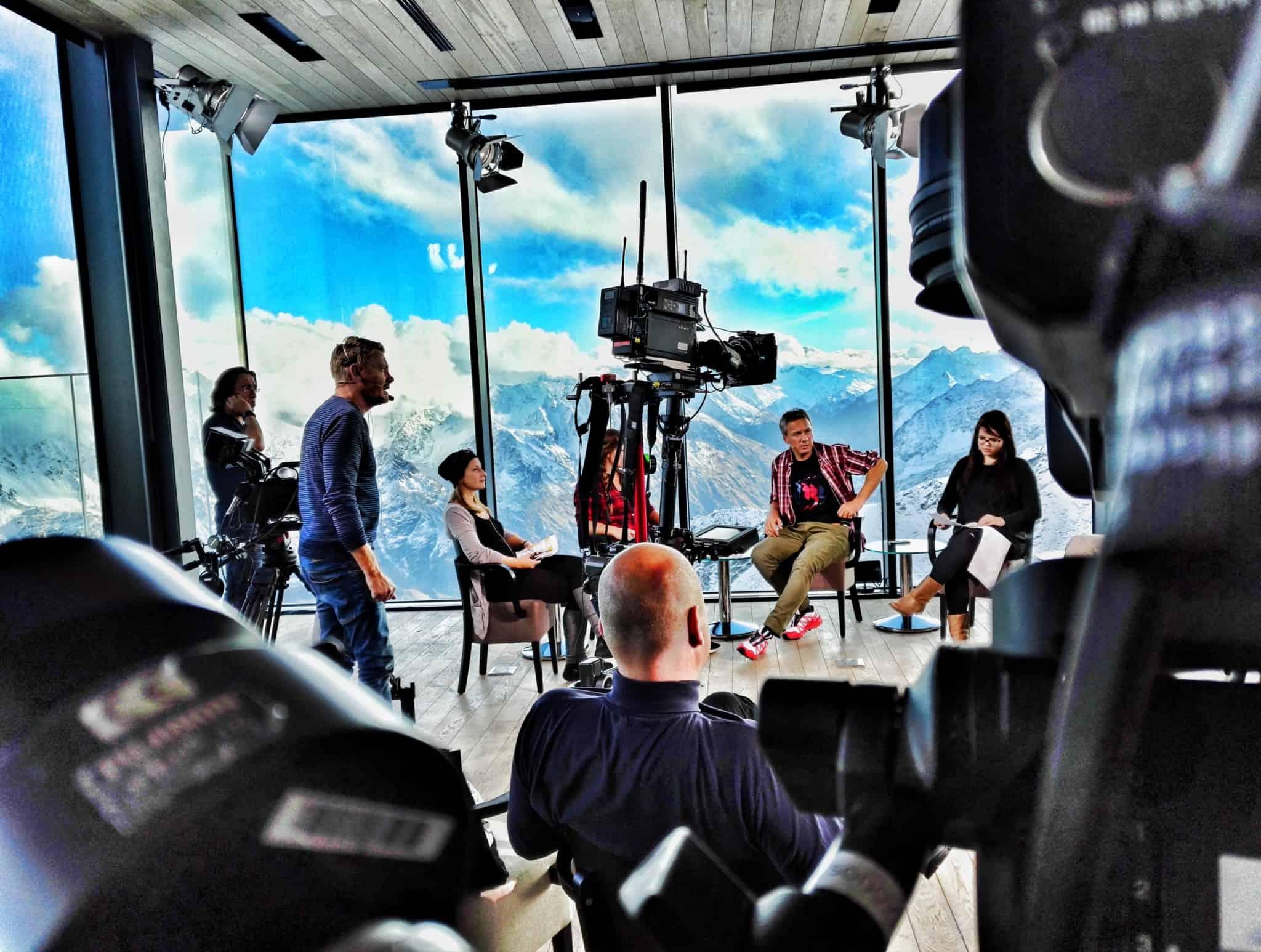 ServusTv Sport und Talk aus dem hangar7 soelden spezial 10 - ServusTV - Sport und Talk aus dem Hangar 7 - Sölden Spezial