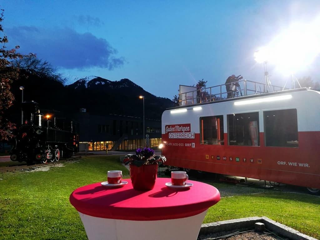 andreas felder kameramann orf guten morgen oesterreich  13x 1 - ORF Guten Morgen Österreich Live aus Tirol und Vorarlberg (Mai)