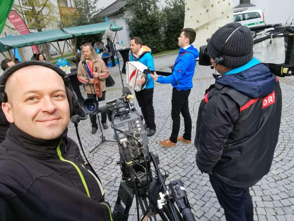 andreas felder kameramann orf guten morgen oesterreich  19x 1 - ORF Guten Morgen Österreich Live aus Tirol und Vorarlberg (Mai)