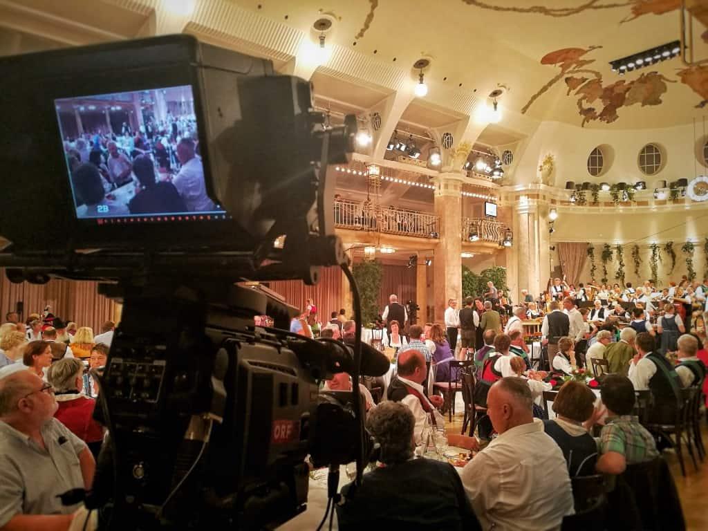 """ORF Mei Liabste Weis aus Meran 5 andreas felder kameramann 5 - ORF """"Mei liabste Weis"""" aus Meran"""