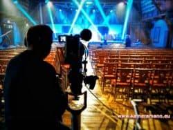 andreas felder kameramann ServusTV Luis aus Suedtirol 06 250x188 - ServusTV - Sport und Talk aus dem Hangar 7 - Sölden Spezial