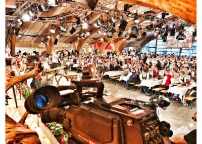andreas felder kameramann orf mei liabste weis gaudafest04 2018 05 05 1 400x284 - ORF Mei Liabste Weis und Gauda-Festumzug