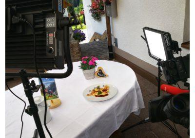 andreas felder kameramann unterwegs in österreich tirol 13 16.07.2018 12 07 36 400x284 - Drehbilder August - ORF, Sky Fussball Live, ServusTv