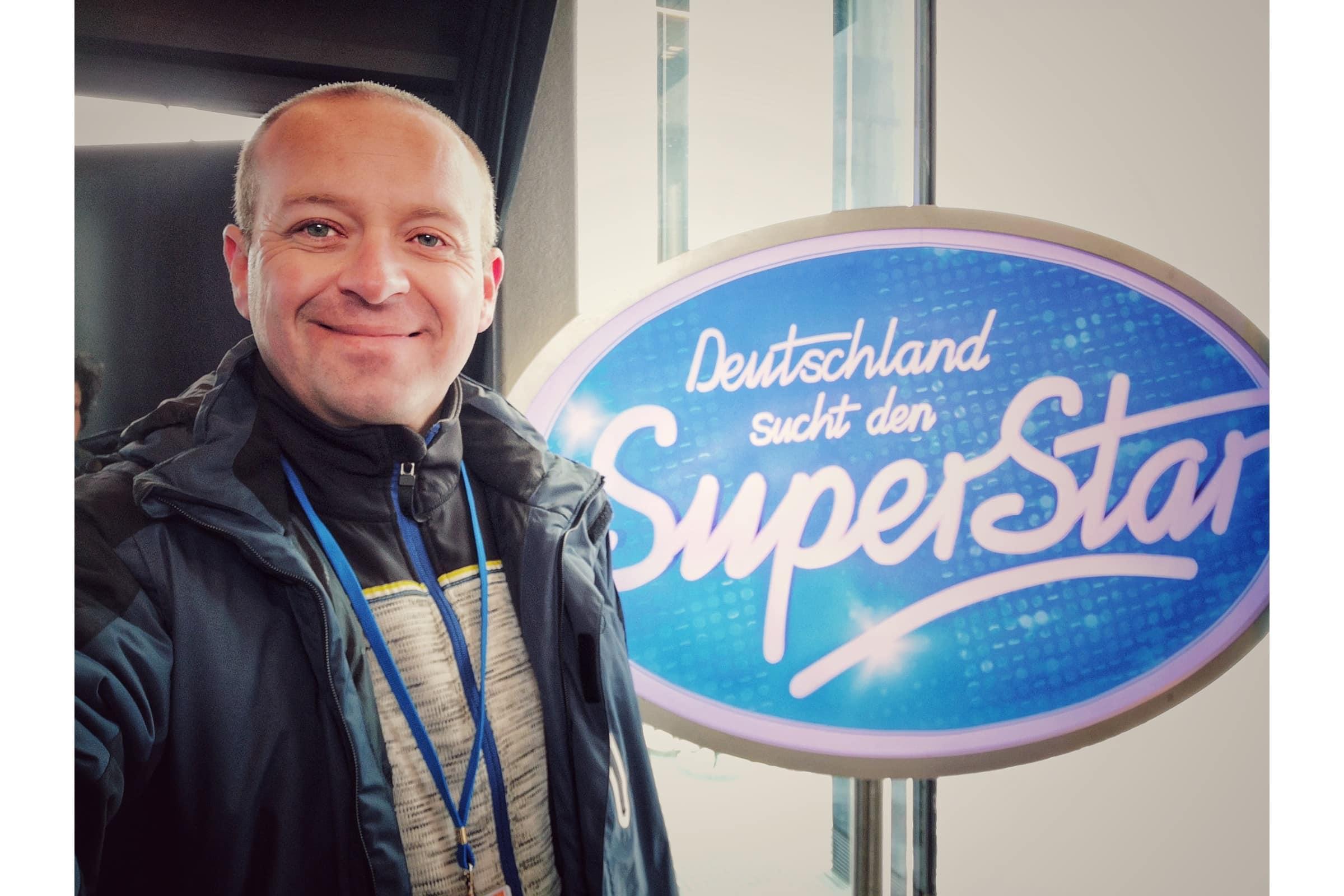 andreas felder kameramann dreharbeiten DSDS2020 RTL 03 07.10.2019 13 42 00 1 - RTL DSDS Deutschland sucht den Superstar 2020